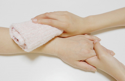 画像:身体介護サービスのイメージ
