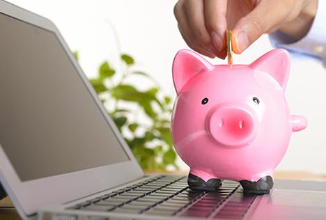 画像:豚の貯金箱